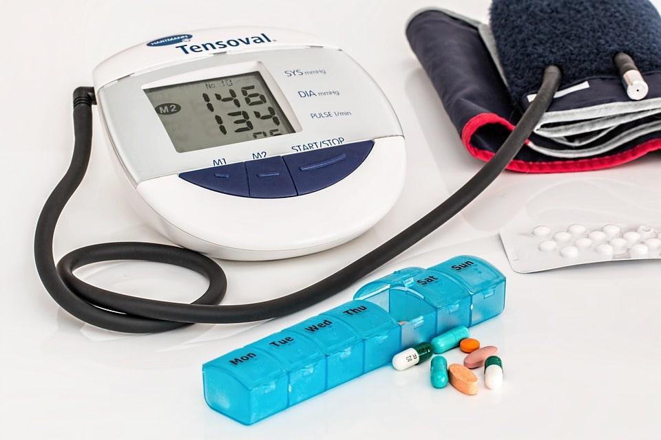 Bluthochdruck im Alter - Das sollten Sie wissen. - Laxocare